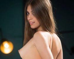 Avery – Seks en Babes