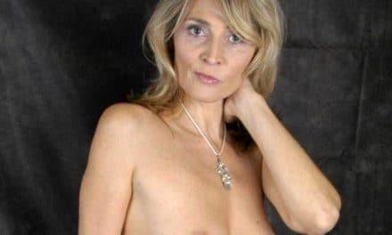 Oude amateur vrouwen hebben geile naaktfoto's gemaakt